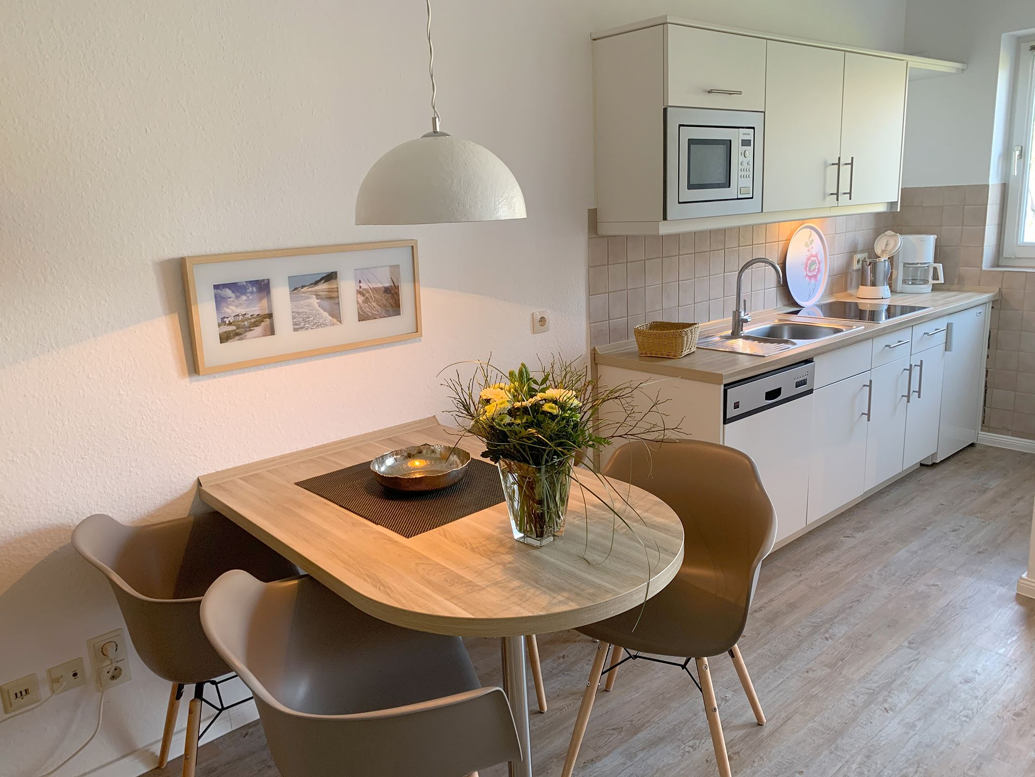 strandnahes Ferienappartement in St. Peter-Ording für 2-4 Personen, mit großer Süd-Westterrasse , strandnah, ruhig, privat.Luna IV Nr. 30
