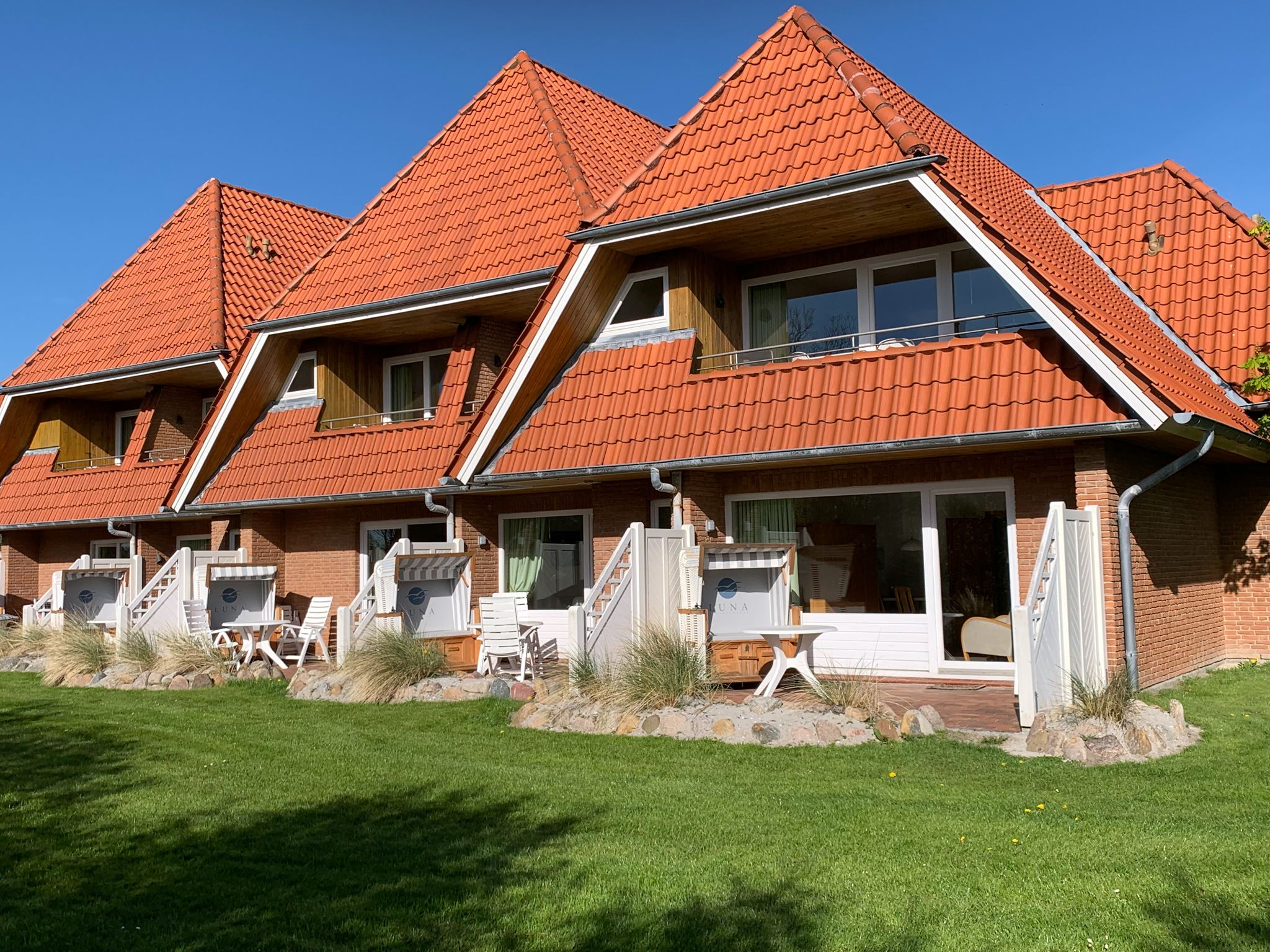 strandnahes Ferienappartement in St. Peter-Ording für 2-4 Personen, mit großer Süd-Westterrasse , strandnah, ruhig, privat.Luna IV Nr. 31